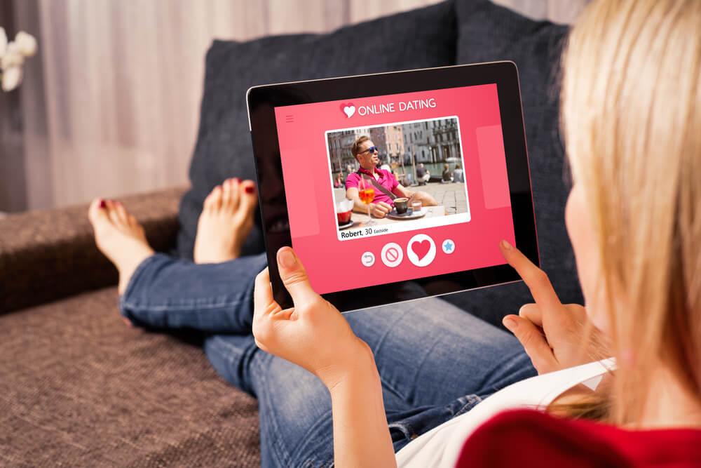 Dating via tablet
